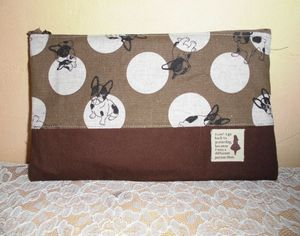 Pouch28a